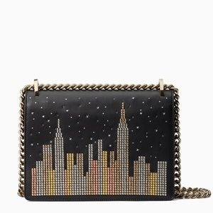 LIMITED‼️Light Up Kate Spade skyline Chain Tote💞